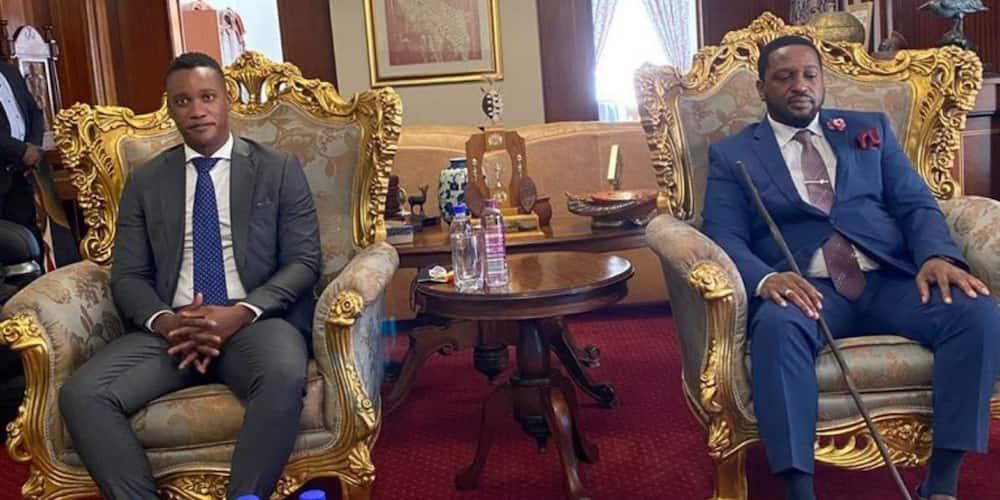 """Duduzane Zuma & King MisuZulu Seen Together, SA Reacts: """"Rise Zulu Nation"""""""