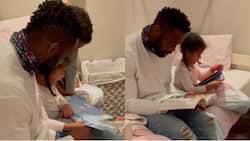 """English kodwa will humble you"": Siya Kolisi reads Keziah bedtime story in adorable video"