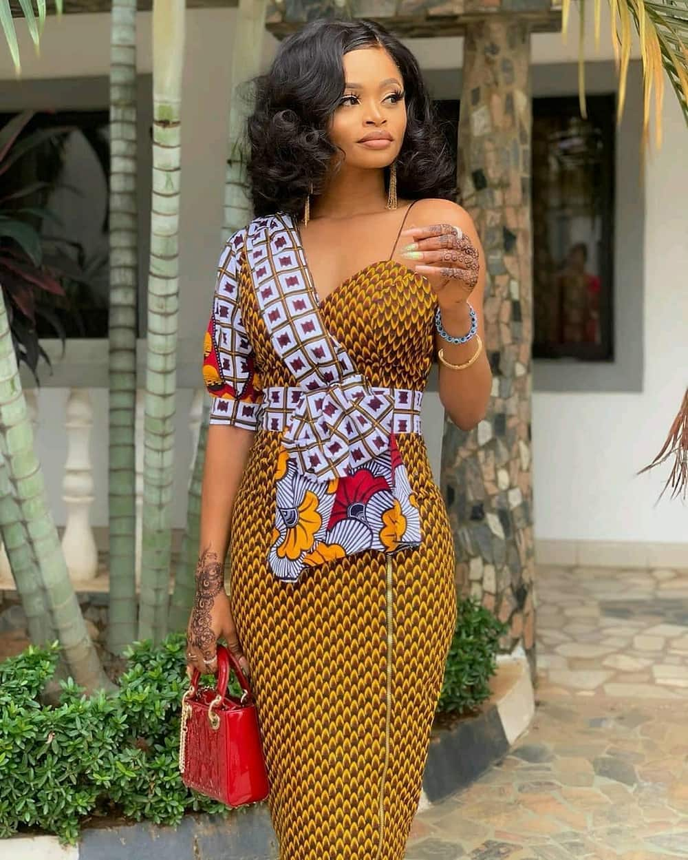 Top 20 Latest Ankara Styles Designs 2019: Latest Ankara Styles For Men And Women In 2019